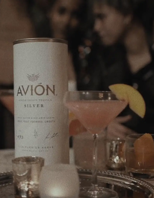 Avion – Holiday 2018